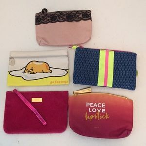 Bundle of 5 Ipsy zip up cosmetic bags